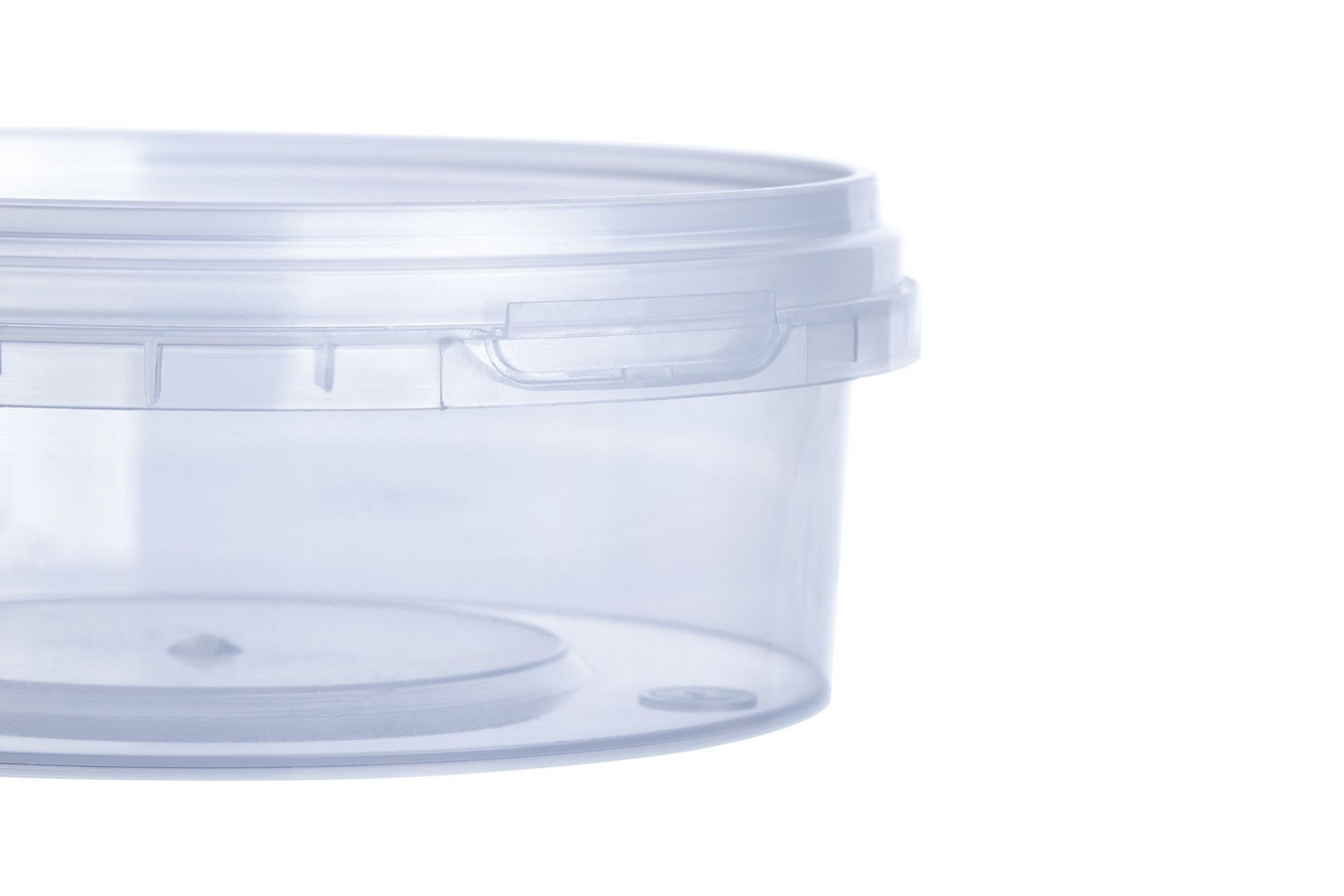 Round plastic liquid-tight food containers with lids with tamper evidence 150 ml Europe