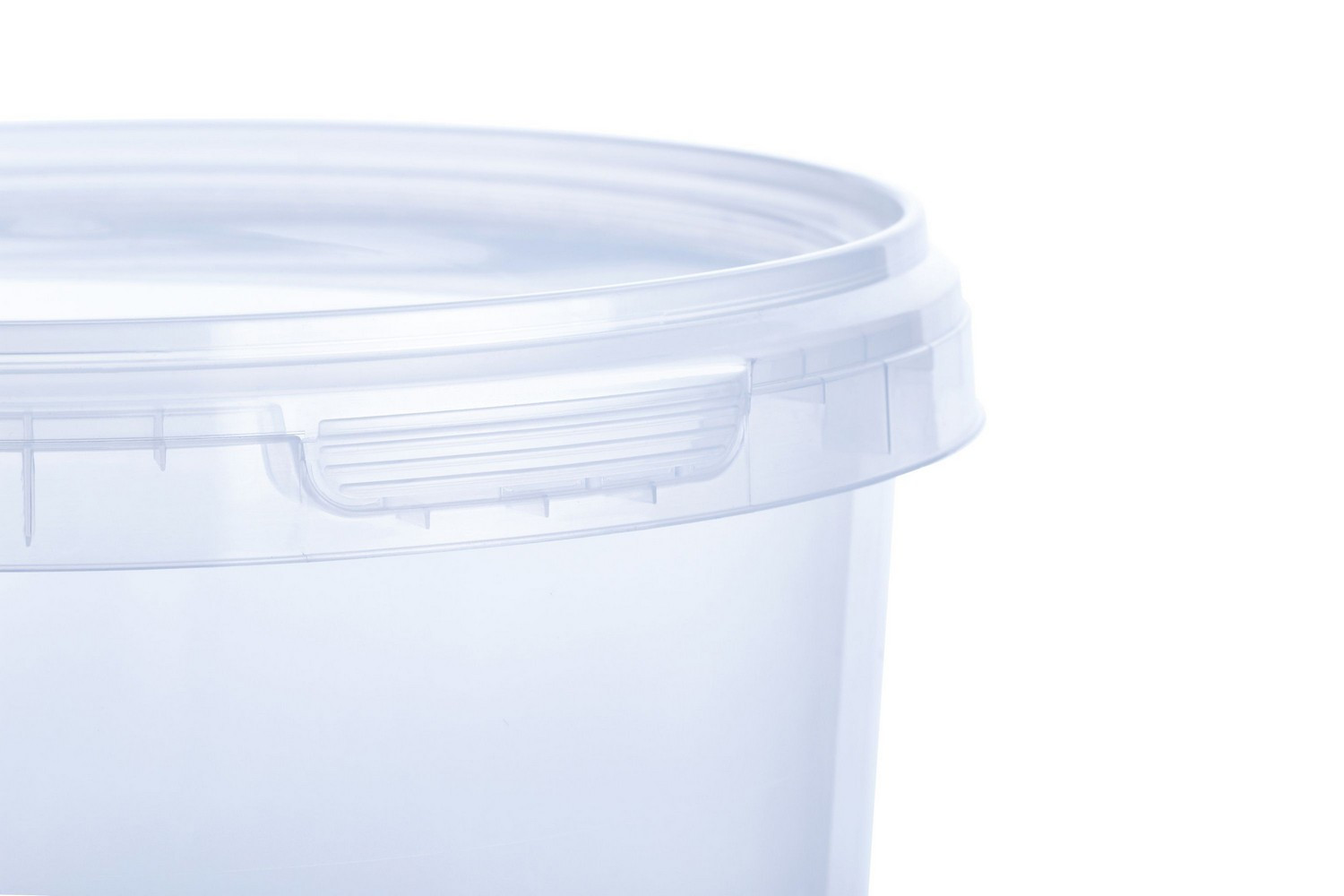 Round PP transparent or colored buckets 2300 ml with tamper evedence Europe